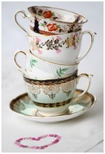 Lieschen und Ruth Vintage Tassenstapel