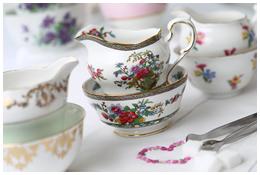 Lieschen und Ruth Vintage Milchkaennchen und Zuckerschalen