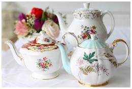 Lieschen und Ruth Vintage Teekannen Kaffeekannen